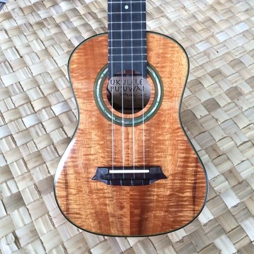 concert ukulele front